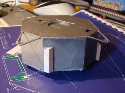 Recherche maquette module lunaire 1/48eme montée - Page 2 Dsc07415
