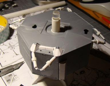 Recherche maquette module lunaire 1/48eme montée - Page 2 Dsc07423