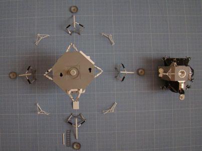 Recherche maquette module lunaire 1/48eme montée - Page 2 Dsc07434