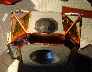 Recherche maquette module lunaire 1/48eme montée - Page 2 Dsc07438