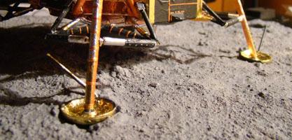 Recherche maquette module lunaire 1/48eme montée - Page 3 Dsc07525