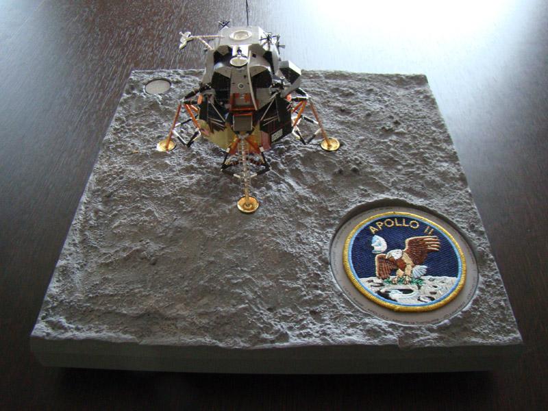 Recherche maquette module lunaire 1/48eme montée - Page 3 Dsc07530