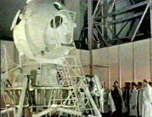 Module lunaire soviétique LK – Maquette 1/24ème Qlkegr10