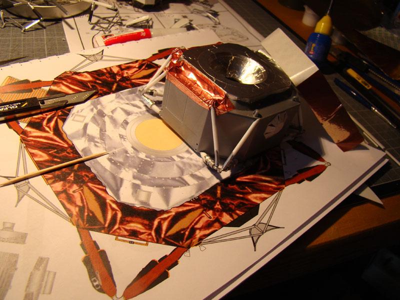 Recherche maquette module lunaire 1/48eme montée - Page 2 Vinc10