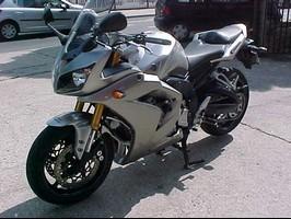 gsxr 750 Newvie10
