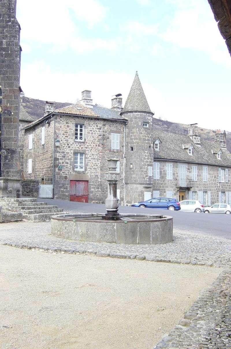 Saint-Martin-Valmeroux Dsc01139
