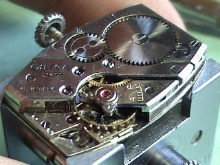 Omega et autres montres vintages Dsc02110