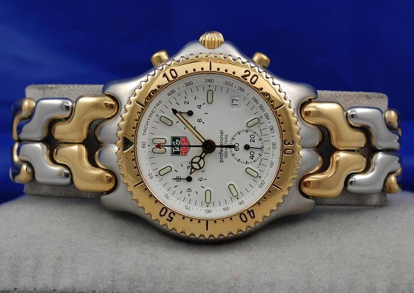 Les montres qui se sont démodées Dsc_1010