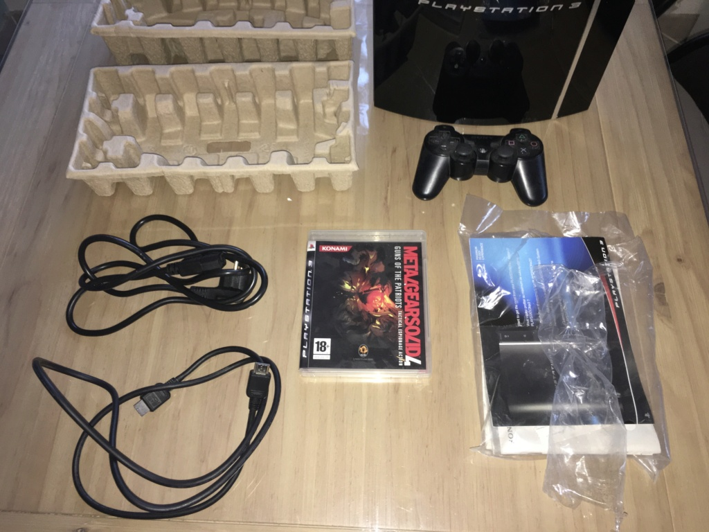 Vends jeux Snes (Firemen, Yoshi's island...), Mégadrive, Press Kit Last Guardian PS4, Pack PS3 Metal Gear Solid etc. Ps3mgs17