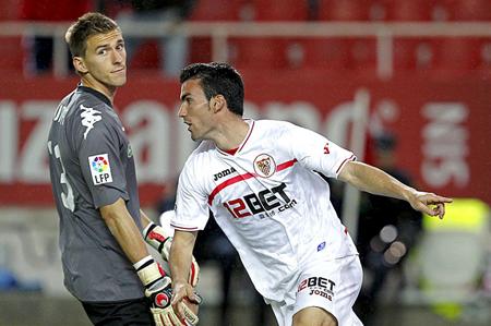 Temporada de Futbol 10/11 - Página 2 Guaita10