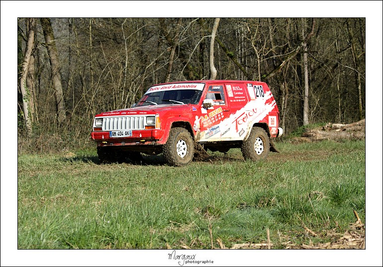 Recherche photo & vidéos du cherokee 218 Img_4316