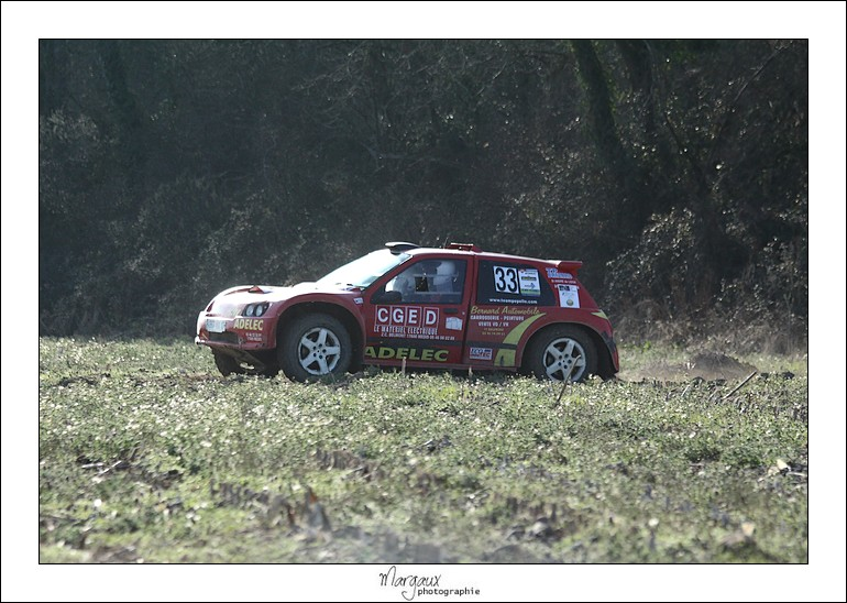 Photos n°33 team pepelle clio rivet maxi rouge  Img_4626
