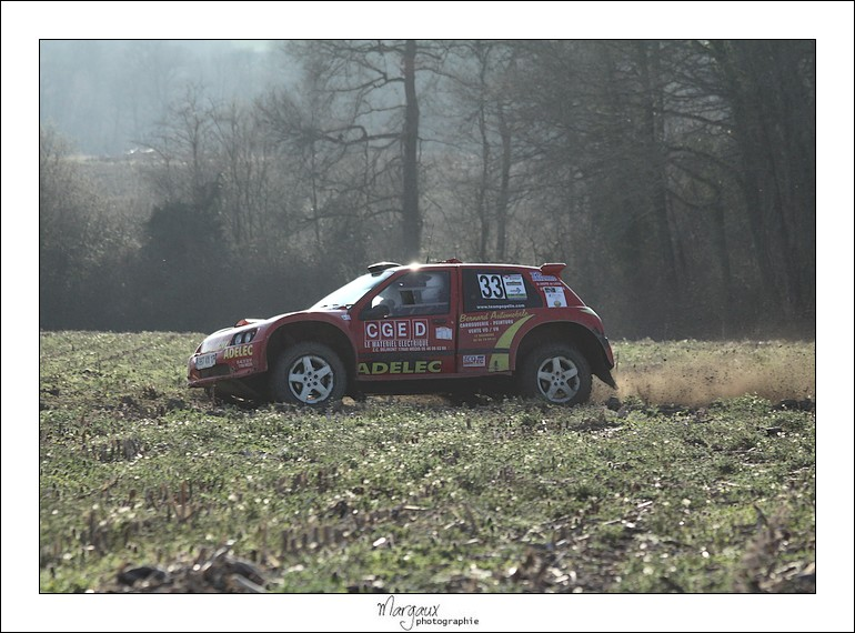 Photos n°33 team pepelle clio rivet maxi rouge  Img_4627