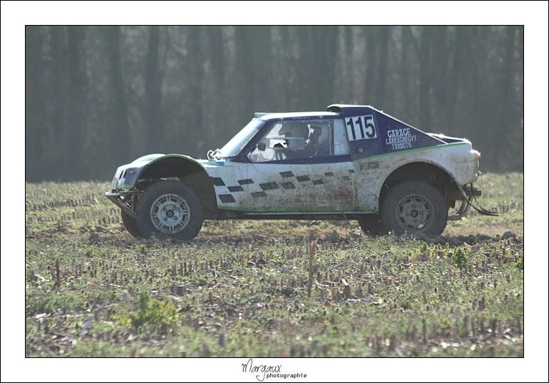 Photos n°115 buggy bleu/blanc/vert Img_4631