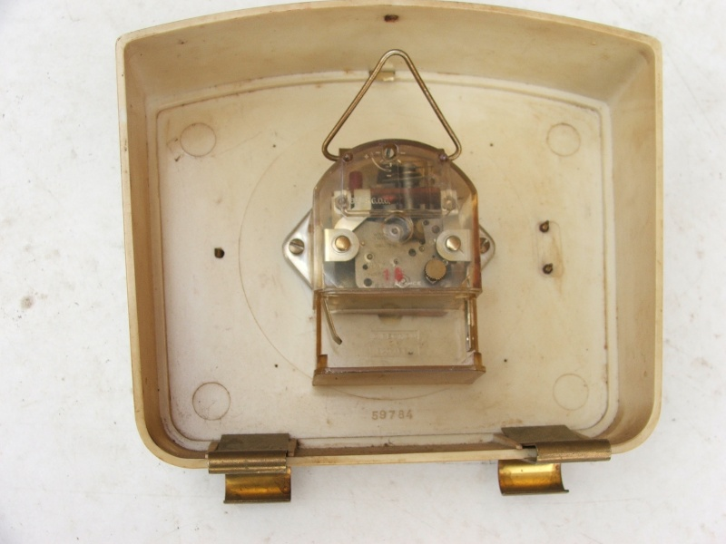 Enicar - Un post qui référence les montres de brocante... tome I - Page 7 Dscf8016