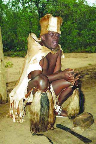 L'haitien a-t-il honte de ses origines? - Page 2 Titid310