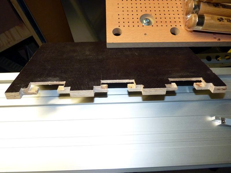 Adaptation d'un rail Protool sur scie Ryobi P1020714