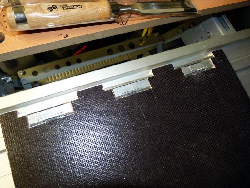 Adaptation d'un rail Protool sur scie Ryobi P1020717