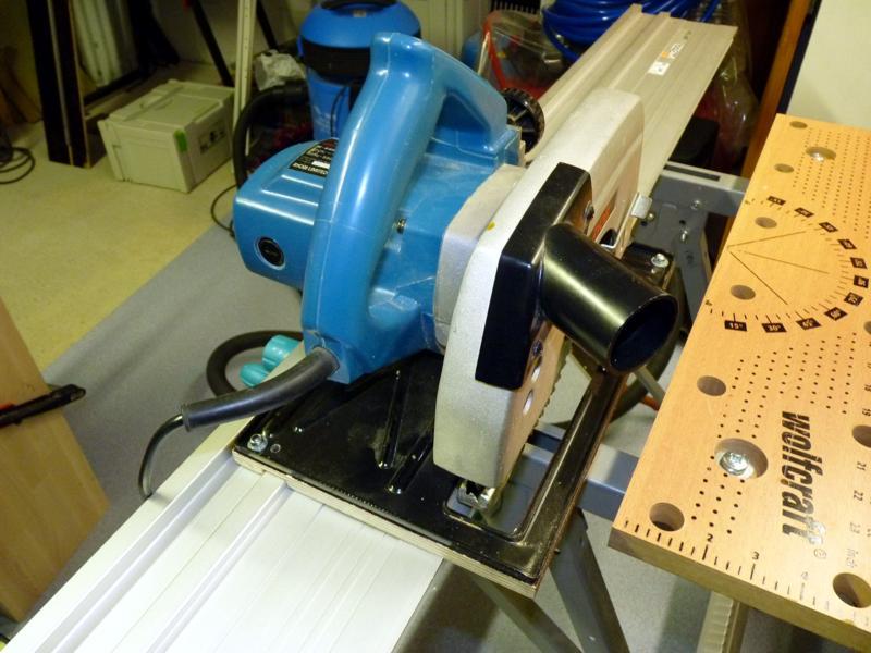Adaptation d'un rail Protool sur scie Ryobi P1020811
