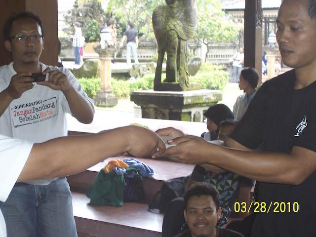 Woro woro  Member Fkogk se Interao Jagat Maya ( Gempita Ulang Tahun ) - Page 3 100_7967