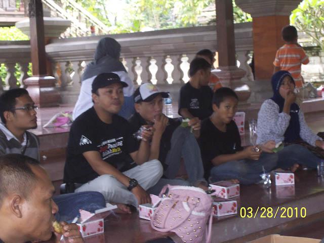 Woro woro  Member Fkogk se Interao Jagat Maya ( Gempita Ulang Tahun ) - Page 3 100_7983