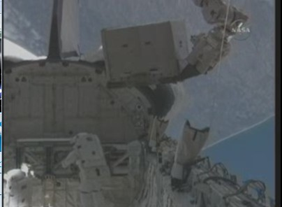 [STS-131] Discovery : EVA 3 Anderson & Mastracchio Aff10