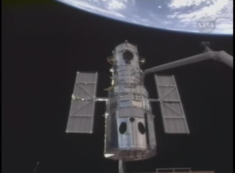 [STS-125] Atlantis : la mission - Page 6 Ammara10