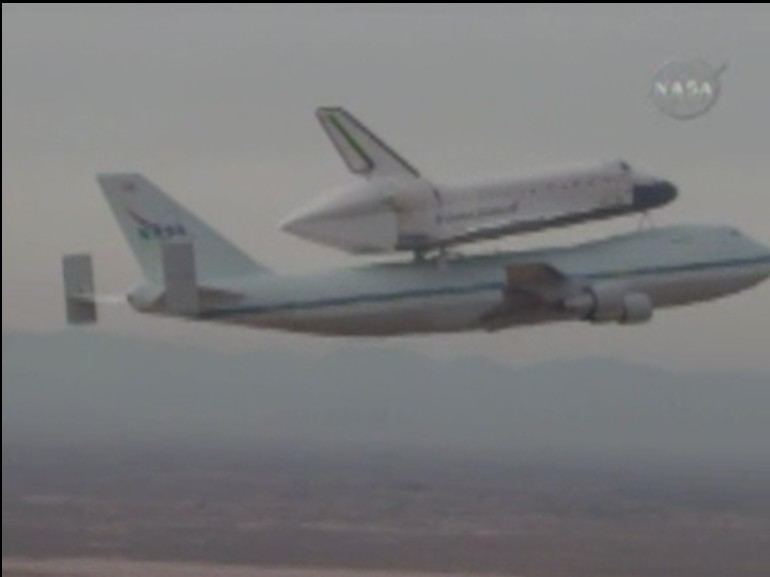 [STS 125 - Atlantis] : Retour sur Terre (dimanche 24 mai) - Page 15 Dacola10