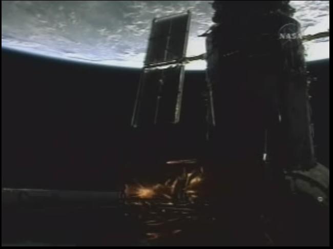 [STS-125] EVA - 2 - Page 2 Hubble15