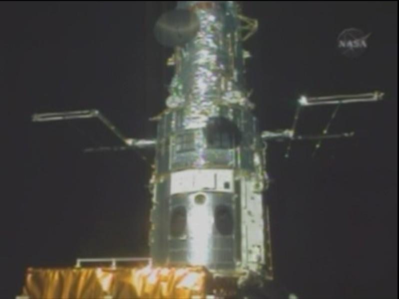 [STS-125] EVA - 5 - Page 3 Hubble17