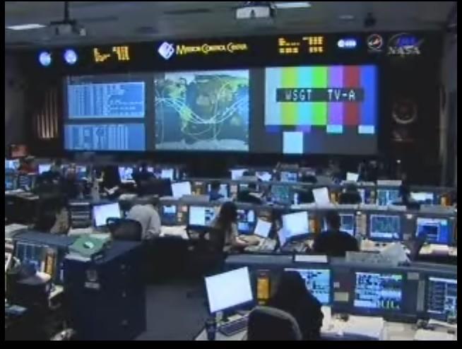 [STS-125] EVA - 2 - Page 2 Pb10
