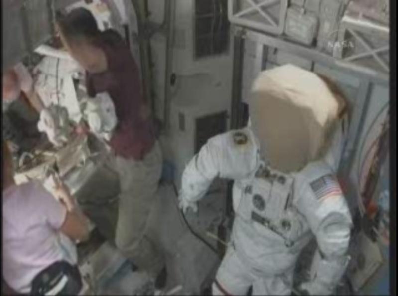 [STS-131 / ISS19A] Discovery : déroulement de la mission - Page 6 Prapar10