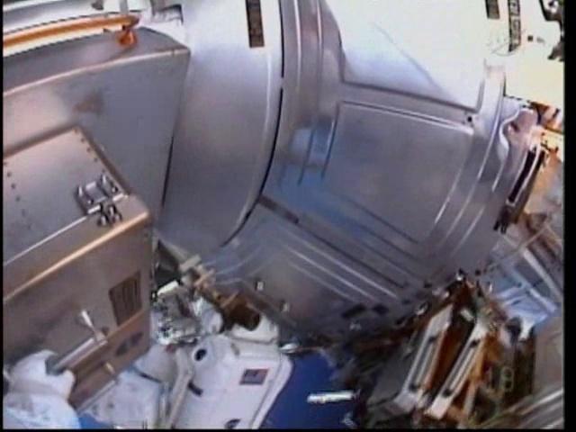 [STS-133] Discovery: Déroulement de la mission. - Page 5 Vlcsn110