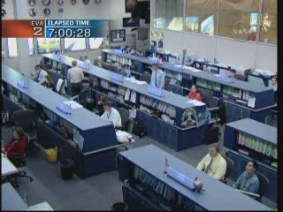 [STS-132] Atlantis : EVA 2, Steve Bowen et Mike Good. Vlcsna18