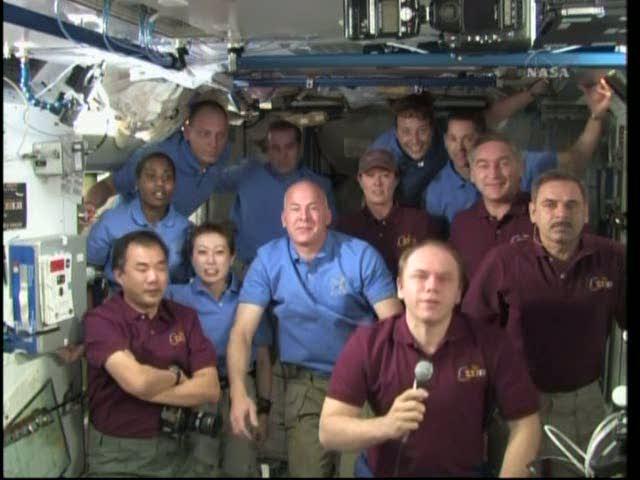 [STS-131 / ISS19A] Discovery : déroulement de la mission - Page 18 Vlcsna20
