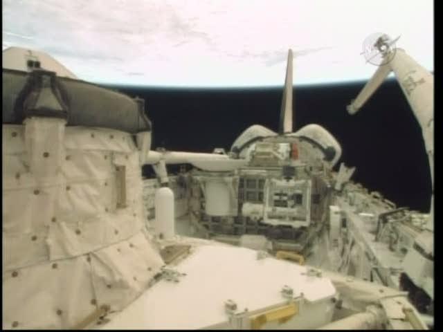 [STS-132] Atlantis : fil dédié à la mission - Page 2 Vlcsna84