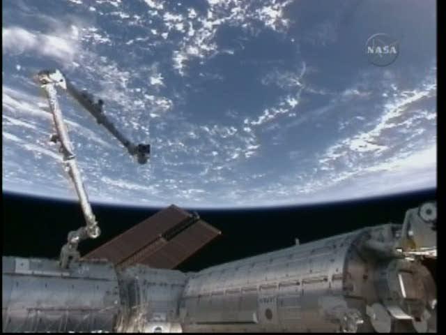 [STS-132] Atlantis : fil dédié à la mission - Page 3 Vlcsna88