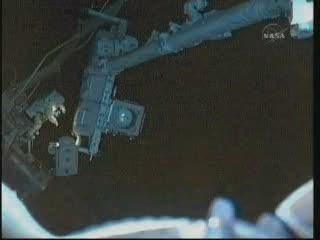 [STS-132] Atlantis : EVA 2, Steve Bowen et Mike Good. Vlcsna96