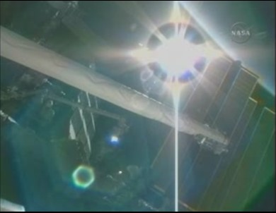 [STS-131 / ISS19A] Discovery : déroulement de la mission - Page 18 Vue_is10