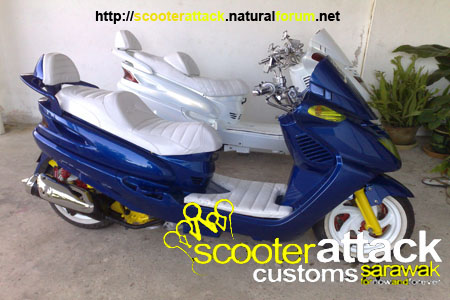 scooter-attack customs sarawak 12122013