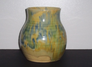 Dated running glaze piece - 1945 00412