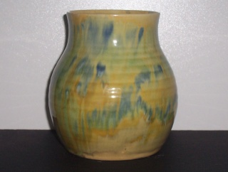 Dated running glaze piece - 1945 00510