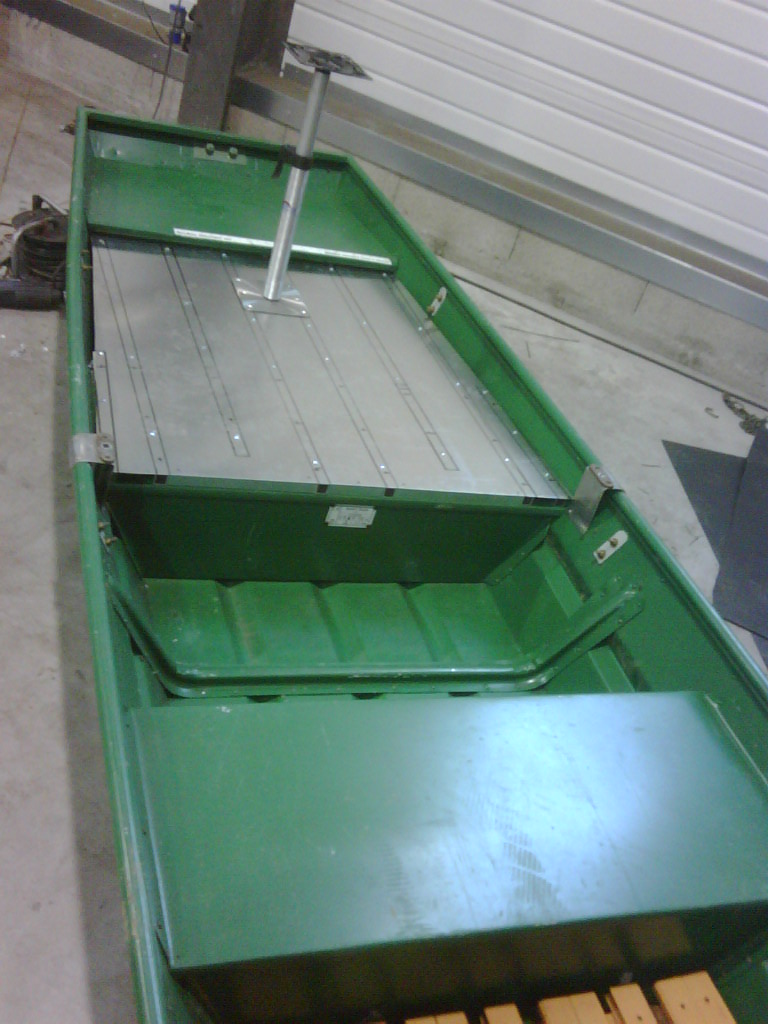 Construire ma barque en alu - Page 2 Img00020