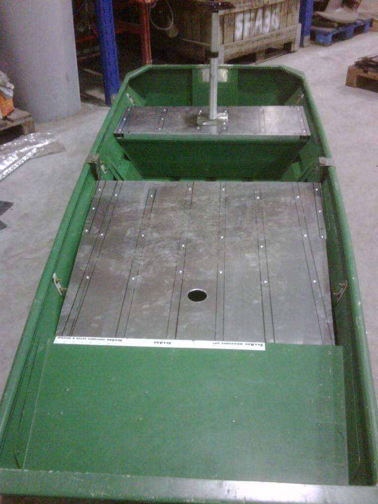 Construire ma barque en alu - Page 2 Img00022