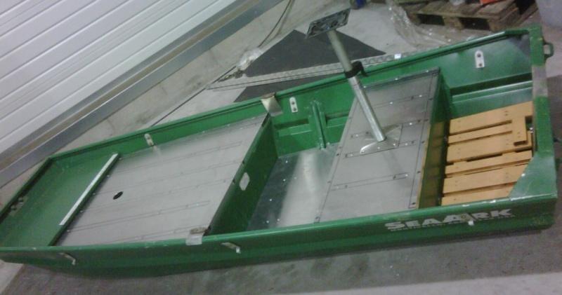 Construire ma barque en alu - Page 2 Img00027