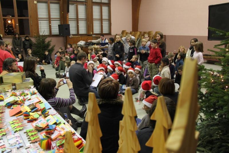Fête de Noël des écoles de Wangen le 10 décembre 2010 Img_0719