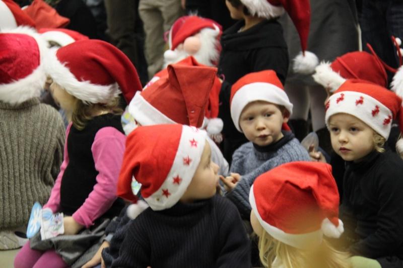 Fête de Noël des écoles de Wangen le 10 décembre 2010 Img_0726