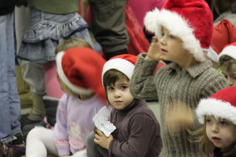 Fête de Noël des écoles de Wangen le 10 décembre 2010 Img_0728
