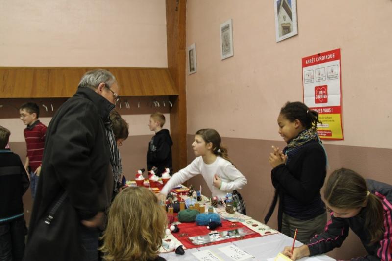 Fête de Noël des écoles de Wangen le 10 décembre 2010 Img_0812
