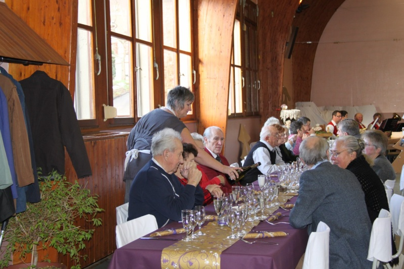 Fête de Noël des aînés de Wangen le dimanche 12 décembre 2010 Img_0819